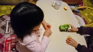 発達障害・自閉症のカンタン家庭療育 自閉症の息子に教える娘