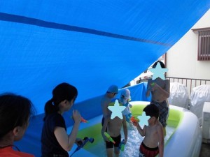 ケンリハスポーツキッズ上社 プール遊び