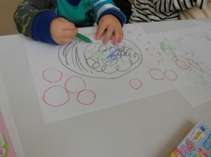 お絵かきを教える方法 自閉症や発達障害の子どもにお絵かきを教えるには