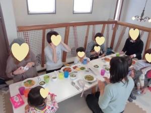 一人でお着替えの子育て講座、澄川綾乃