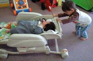 自閉症スペクトラムの1歳の息子の人とのコミュニケーション|澄川綾乃のカンタン家庭療育