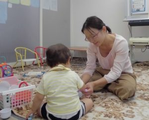 1歳の子もさっそく! パーソナル療育プログラム