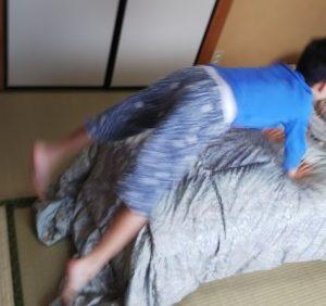 感覚統合に跳び箱 自閉症・多動の息子は元気いっぱい