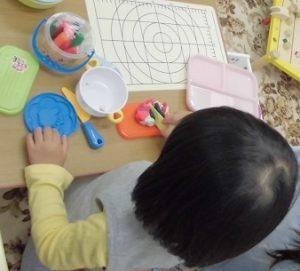 3歳の子が伝えようとしてることに気づいた|家庭療育のパーソナルプログラム