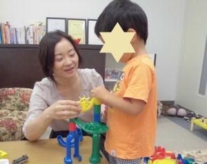 ことばが出ない3歳の子のパーソナルプログラム:集中して遊ぶ・楽しく言葉を覚える